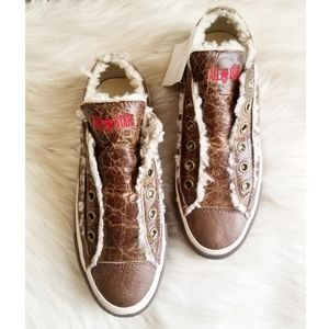 All Star Converse Shearling Lined Crinkle Leather